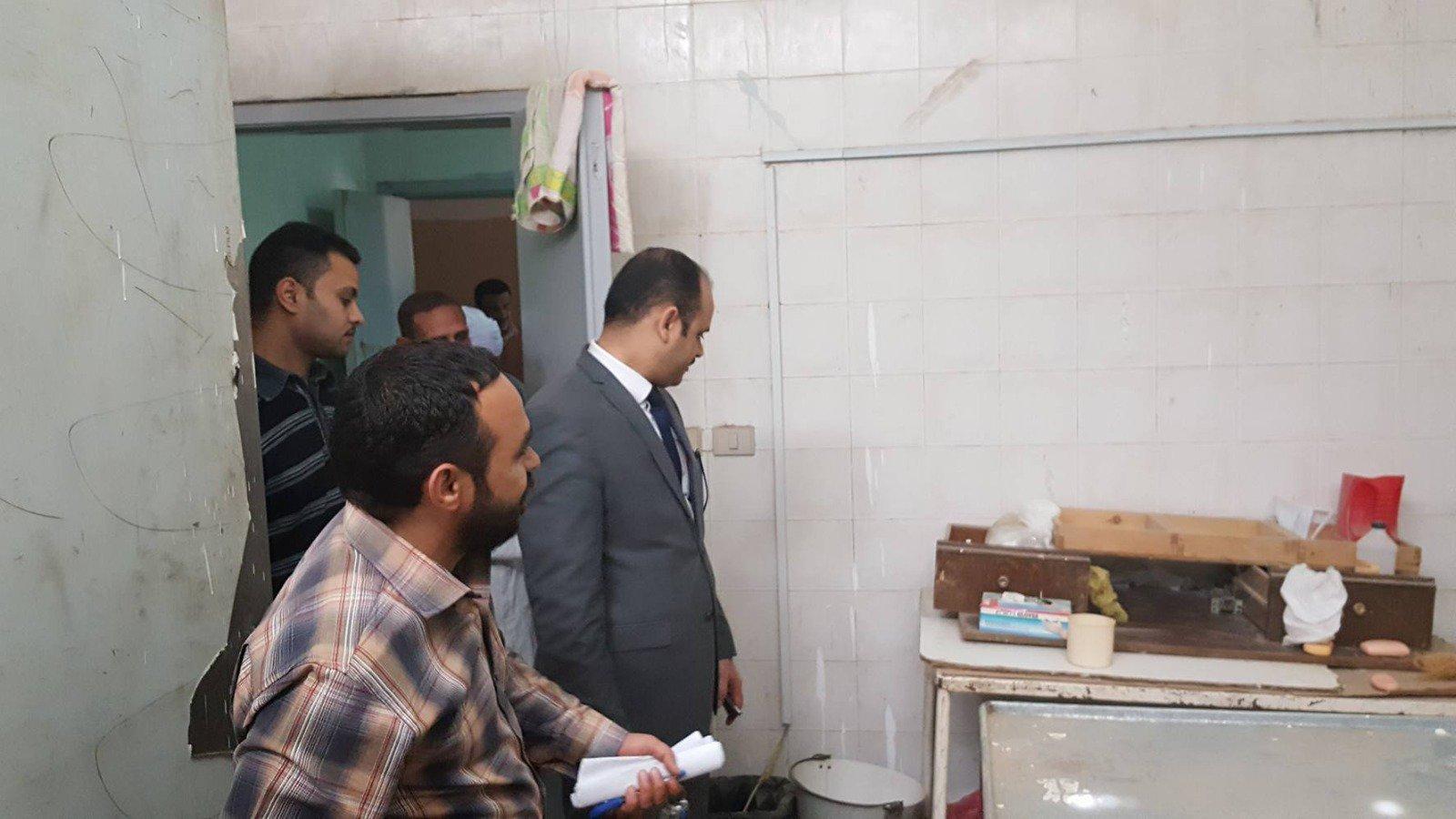 صورة النيابة الإدارية تحقق فى مخالفات داخل مستشفي بالمنيا