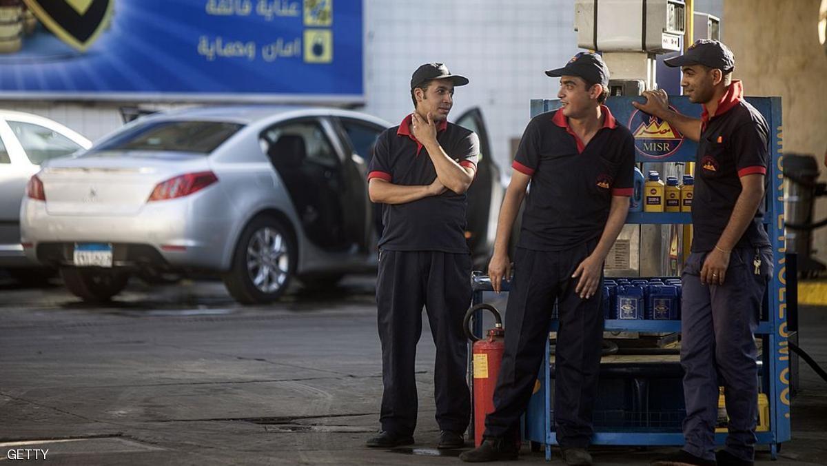 Photo of لأول مرة.. خفض أسعار البنزين ٢٥ قرشا لأنواع الثلاثة