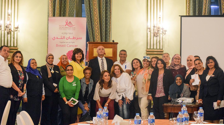 Photo of المرشدات السياحيات يكافحن سرطان الثدي بكل اللغات
