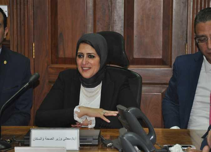 Photo of وزيرة الصحة تستعرض جهود مواجهة فيروس كورونا باجتماع الحكومة