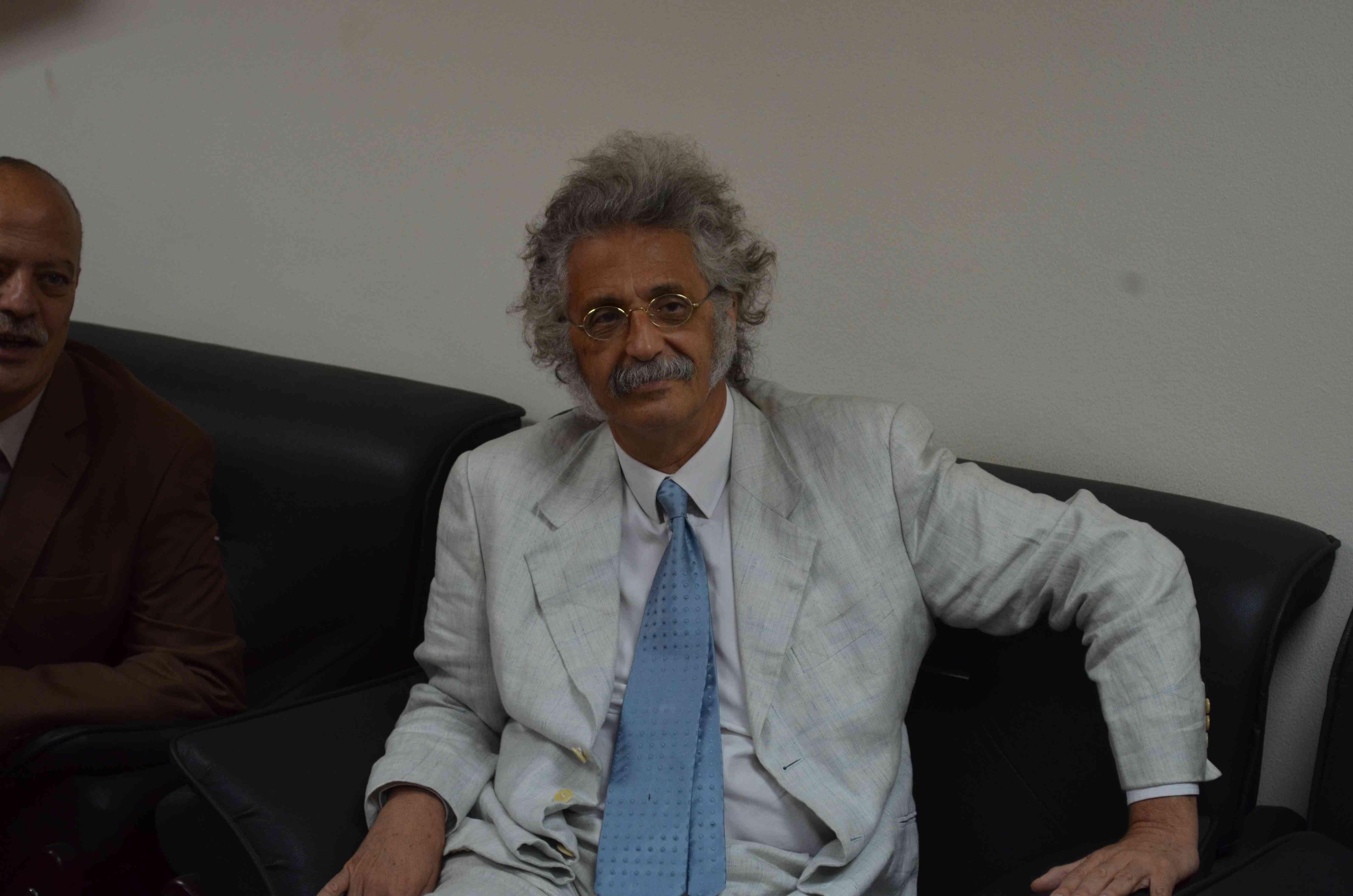 Photo of تفاصيل لقاء وفد «الأطباء» بالنائب العام المساعد لبحث قضايا الحبس