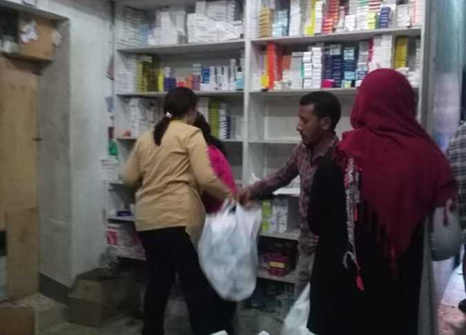 Photo of ضبط أدوية منتهية ومدرجة بجدول المخدرات بصيدليات فى الأقصر