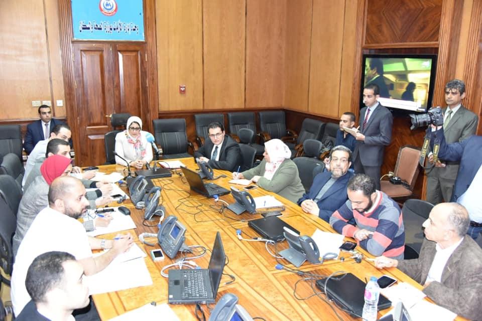Photo of وزيرة الصحة: توفر الأدوية والمستلزمات الطبية وأكياس الدم بالمستشفيات