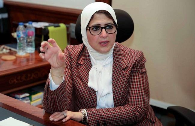 Photo of هالة زايد: مدبولى أول رئيس وزراء على مستوى العالم يزور مستشفى عزل
