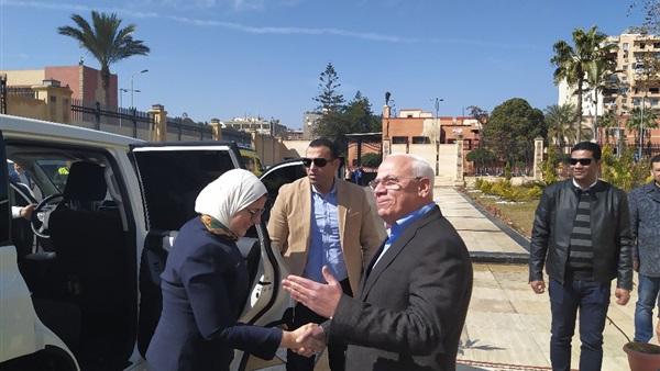 Photo of وزيرة الصحة تصل بورسعيد لمتابعة سير العمل بمنظومة التأمين الشامل