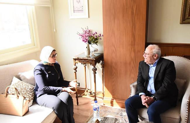 Photo of محافظ بورسعيد يستقبل وزيرة الصحة لمتابعة منظومة التأمين الصحي الشامل (صور)