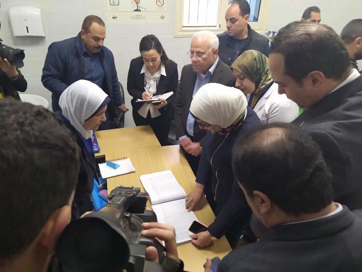 Photo of وزيرة الصحة تتفقد وحدة صحة أسرة المناخ ببورسعيد