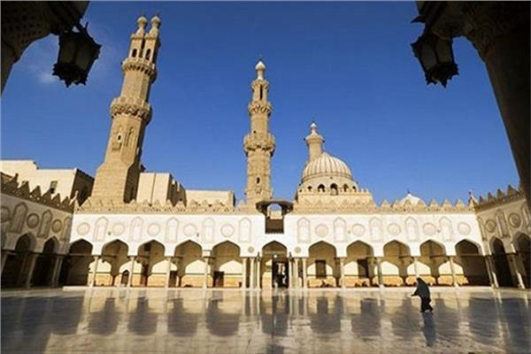 Photo of بيان للأزهر الشريف: يجوز إيقاف صلاة الجمعة والجماعة