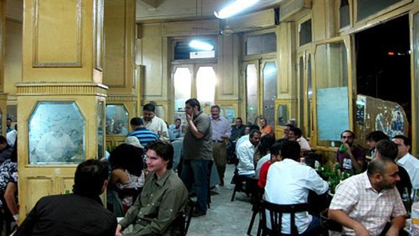 Photo of رئيس الوزراء: غلق المقاهى والمطاعم والمحال التجارية والمولات 7 مساءًا
