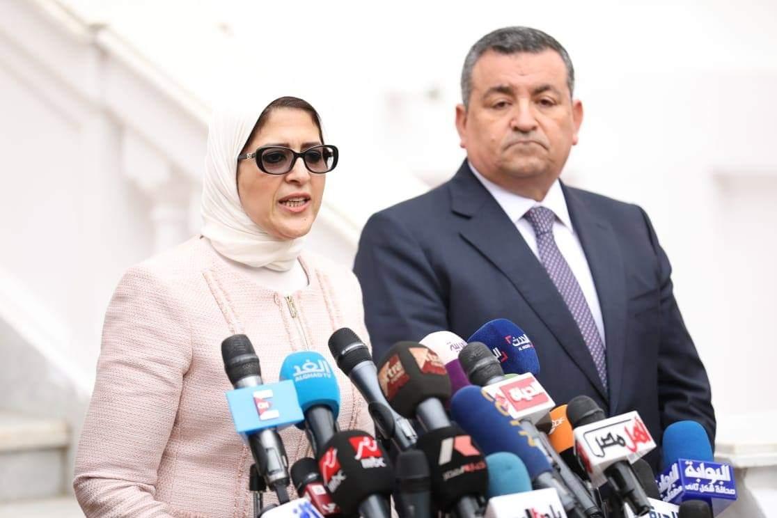 Photo of وزيرة الصحة: زيادة عدد مستشفيات علاج كورونا لـ376 ونمتلك 35 ألف سرير