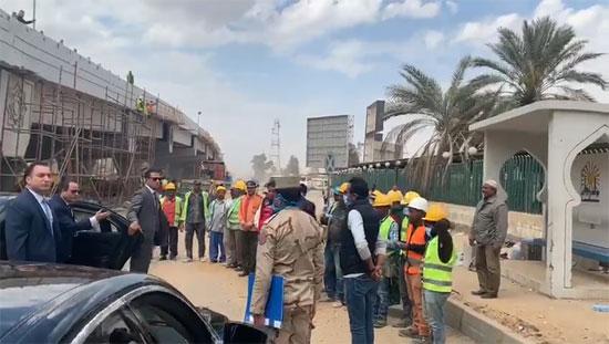 Photo of السيسى غاضبًا بسبب تجاهل العمال لبس الكمامات: هعدى تانى وهيبقى فيه مشكلة كبيرة