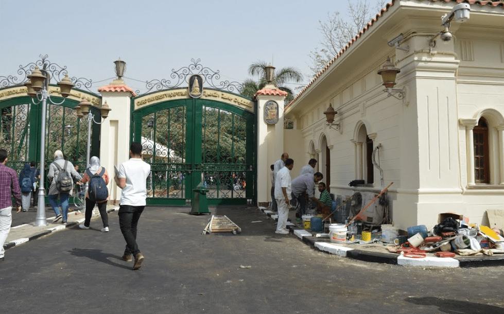 Photo of إصابة المسئول الرئيسي عن توزيع الطعام فى قصر العيني بفيروس كورونا