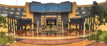 صورة جامعة بدر تعلن عن وظائف شاغرة للأطباء والصيادلة