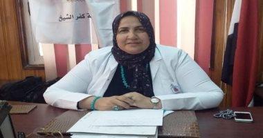 صورة وقف مدير ونائب مدير مستشفى كفر الشيخ وإحالتهما للتحقيق بعد وفاة طفل