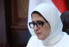 """صورة وزيرة الصحة تتابع حالة """"طبيب الغلابة"""" بالإسماعيلية وتطلب تقرير يومي بشأنها"""