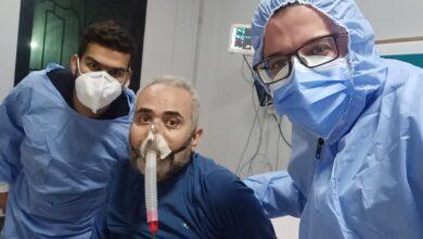 صورة مريض يتعافى من «كورونا» بعد شهر على «تنفس صناعى» بمسشفى الأحرار