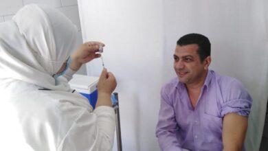 صورة الصحة تحذر: حكموا عقلكم وضميركم وخدوا اللقاح