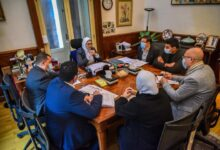 صورة وزيرة الصحة توجه بسرعة الانتهاء من تطوير مستشفيات الحميات والصدر