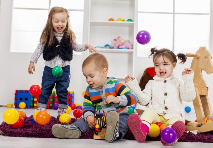 فوائد اللعب للاطفال